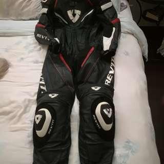 Racing Suit REVIT