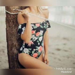 SWiMWEAR ONEPiECE FLORAL PRiNTED