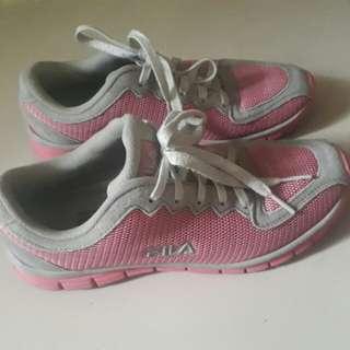 Preloved FILA Running Shoes