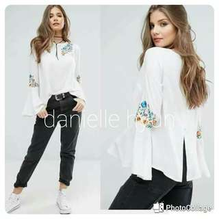 🌸Embroidered  long sleeve with blouse