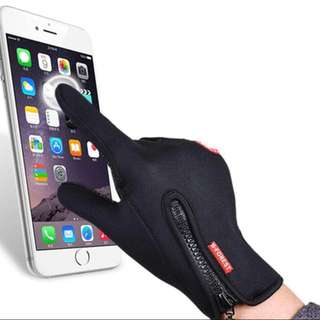 Snowboard touch screen ski gloves
