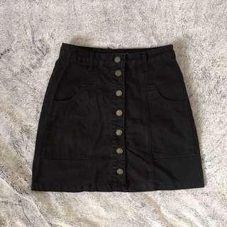 Stradivarius black denim skirt