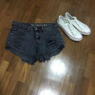 CO denim frayed mid rise shorts