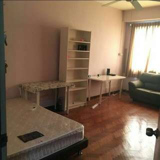 NOVENA 5 min MRT! Double room for rent
