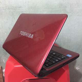 Laptop Murah TOSHIBA Satellite L745 core i3-2330M 14inch NORMAL LANCAR
