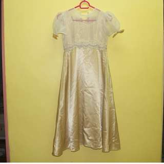 GOLD GOWN FOR 6-YEAR OLD GIRL