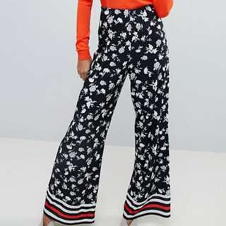 Wide Leg Trousers in Floral Print with Stripe Hem - US Size 8