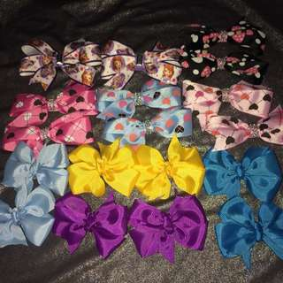 HAIRBOWS AND CLIPPIES