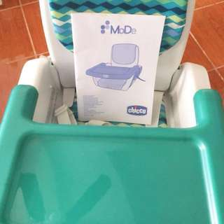 Chicco Booster Seat (Good as New)