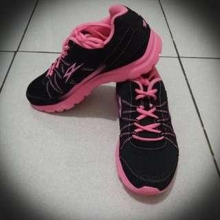 Spectrun Women's Running Shoes