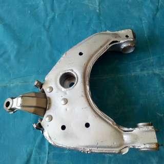 (R) ARM HILUX N166