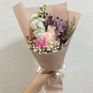 Fresh Flower Bouquet Birthday Roses / Pastel Flower Bouquet