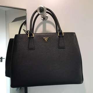 Brand new 全新 殺手包 專櫃買入Prada saffiano leather tote