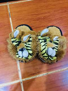 Character slipper 6 inches