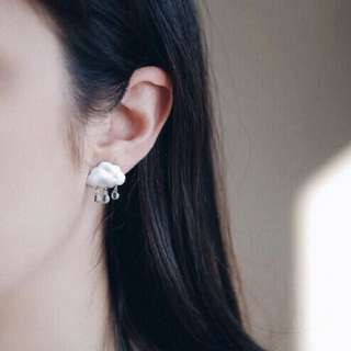 Cloud dangling earrings