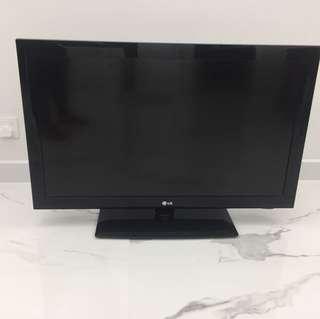 Lg TV (37 inch)