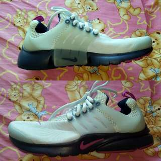 Authentic Bnew Nike Air Presto