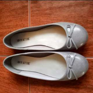 (FREE SHIPPING) Payless Grey Shoes (Size 10)