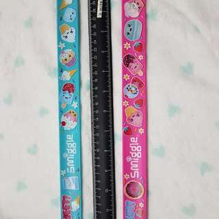 Smiggle slapstick ruler