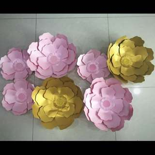 Pink & Gold Paper Flowers Decorations