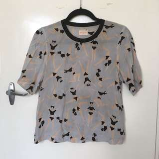 Let's get physical silk top Sz 6