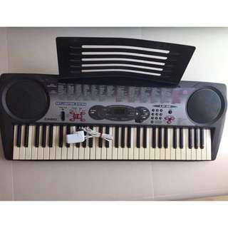 Casio LK35 Keyboard Player