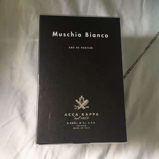 Authentic Muschio Bianco Acca Kappa