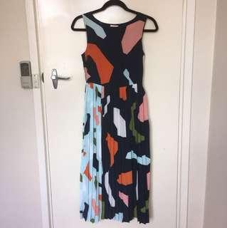 Unicorn! Jigsaw midi dress with pleats Sz 6
