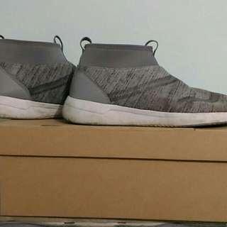 Sepatu piero cushy lite