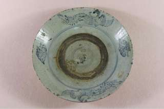 A kraak dish from shipwreck during ming period
