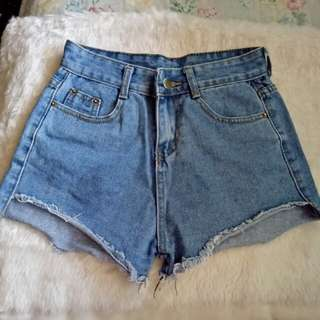 Local high waist shorts