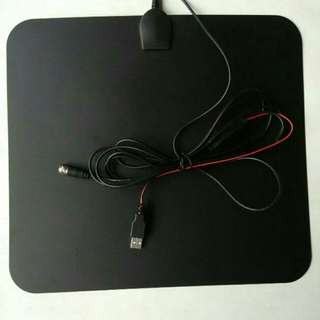 Leaf Antenna for TV or TVPLUS digibox with built-in Amplifier