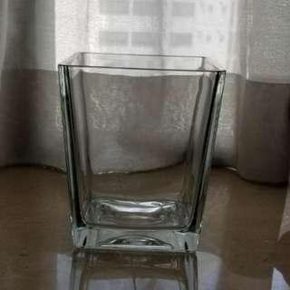 玻璃四方形花瓶