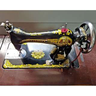 Butterfly  Antique Sawing Machine (Moving House Sales)