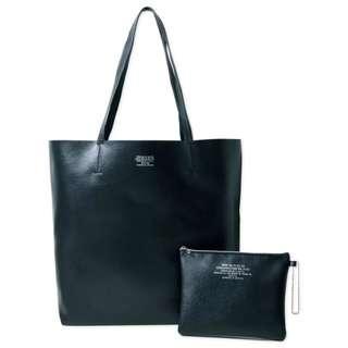 日本雜誌  Zucca 簡約黑顏色的皮革折疊允許疊托Tokutsutsumi單肩包+修納包兩件套 運動袋
