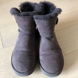 UGG boots size 39 90%new