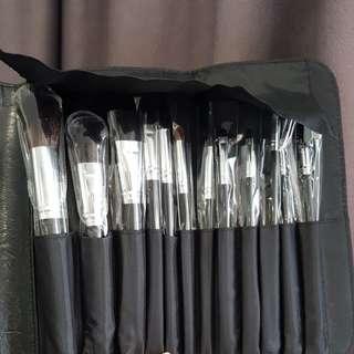 Coastal scents makeup brush set