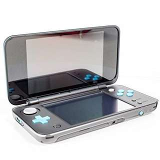 New Nintendo 2DS XL / LL Crystal Case, pouch, screen protector