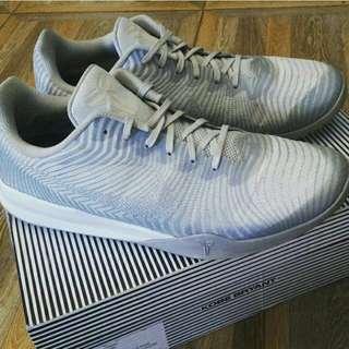 Nike Kobe Mentality 2 Size 47.5