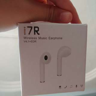 i7r wireless earphone