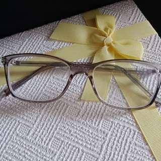 Kacamata grey
