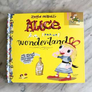 Amazing Alice In The Wonderland POP Up book