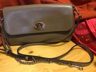 New Coach handbag(with tag)