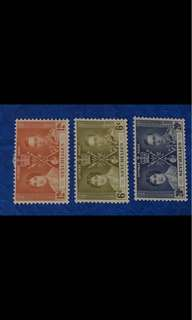 King George Coronation 3v stamps (toned gum) - Seychelles