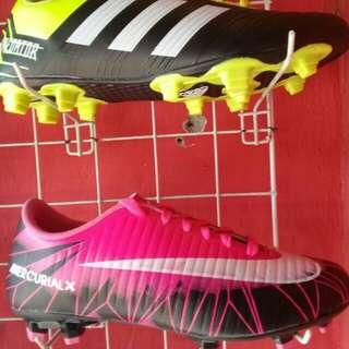 Sepatu Bola, futsal,