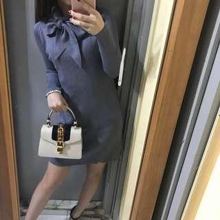 藍色蝴蝶結領口針織連身裙