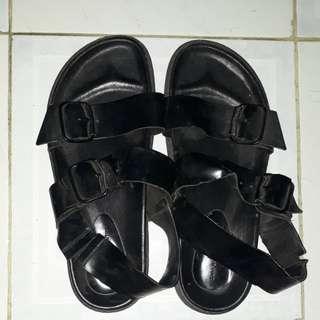 Sandal sepatu Zara