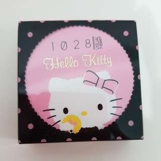 1028 ultimate oil control powder x hello kitty