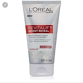 L'Oreal Skin Expert Revitalift Bright Reveal Scrub Cleanser