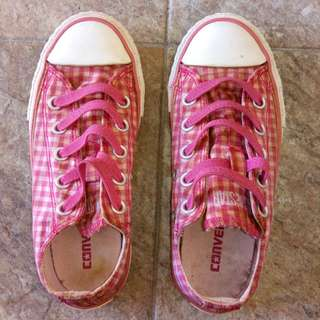 Girl's Converse Shoes